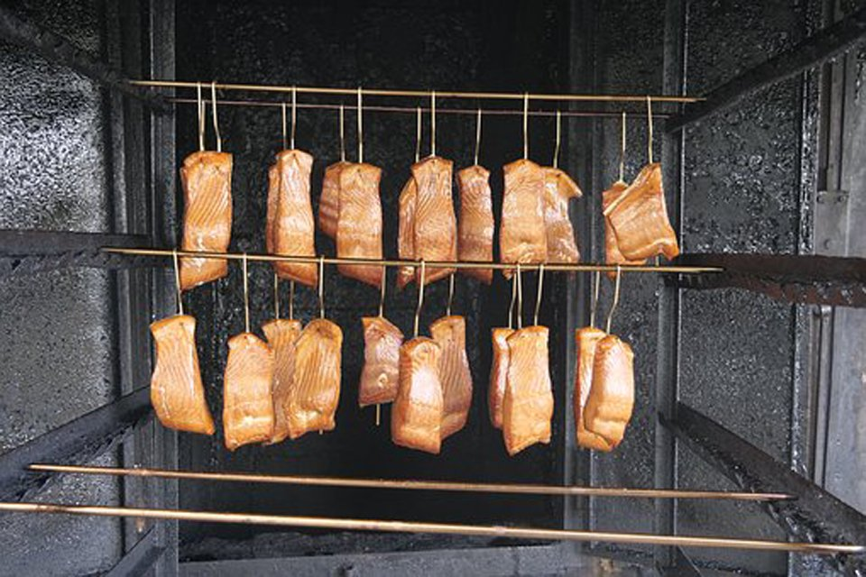 Wholesale & Restaurant Suppliers of Smoked Fish